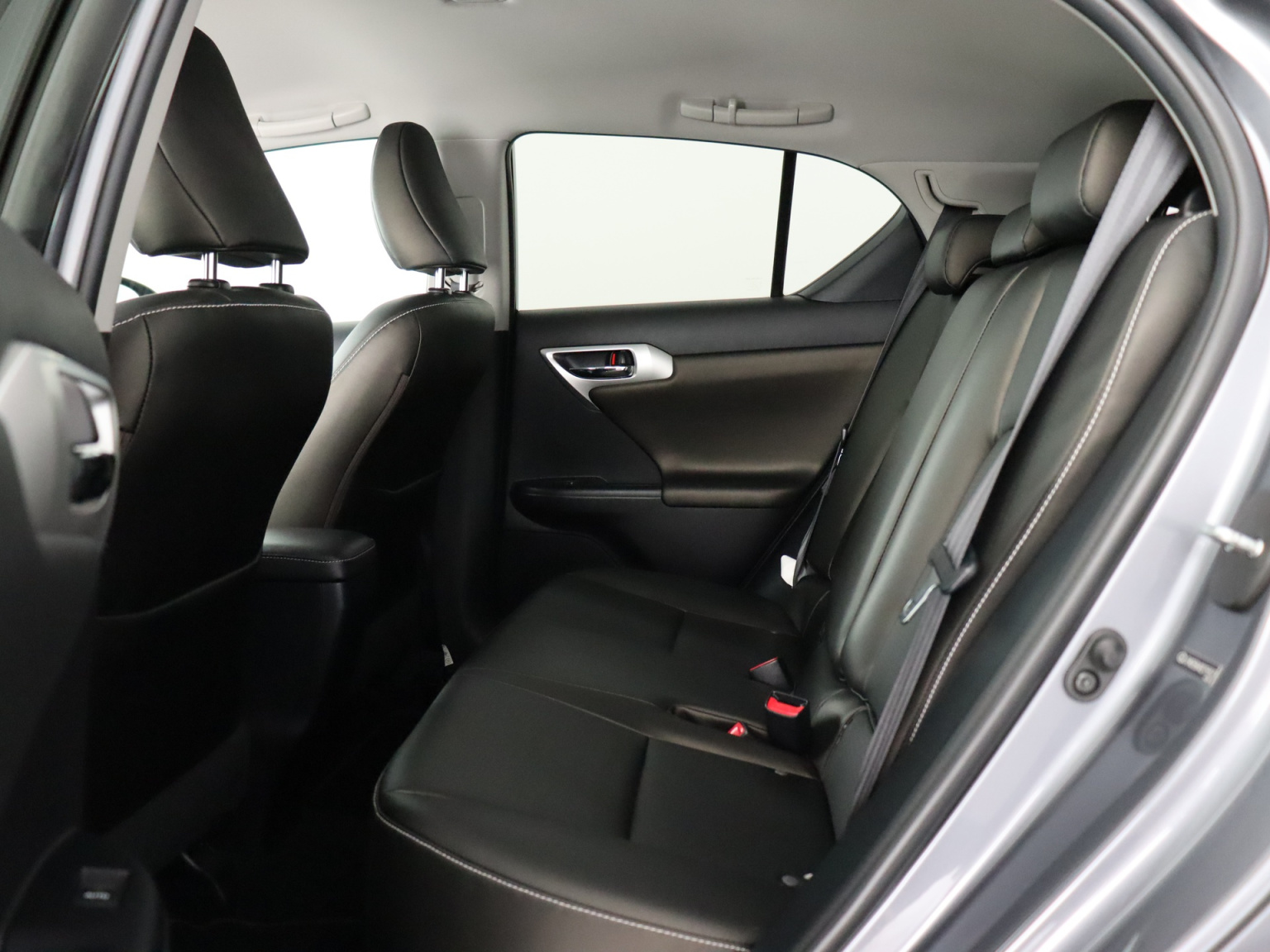 Lexus-CT-24