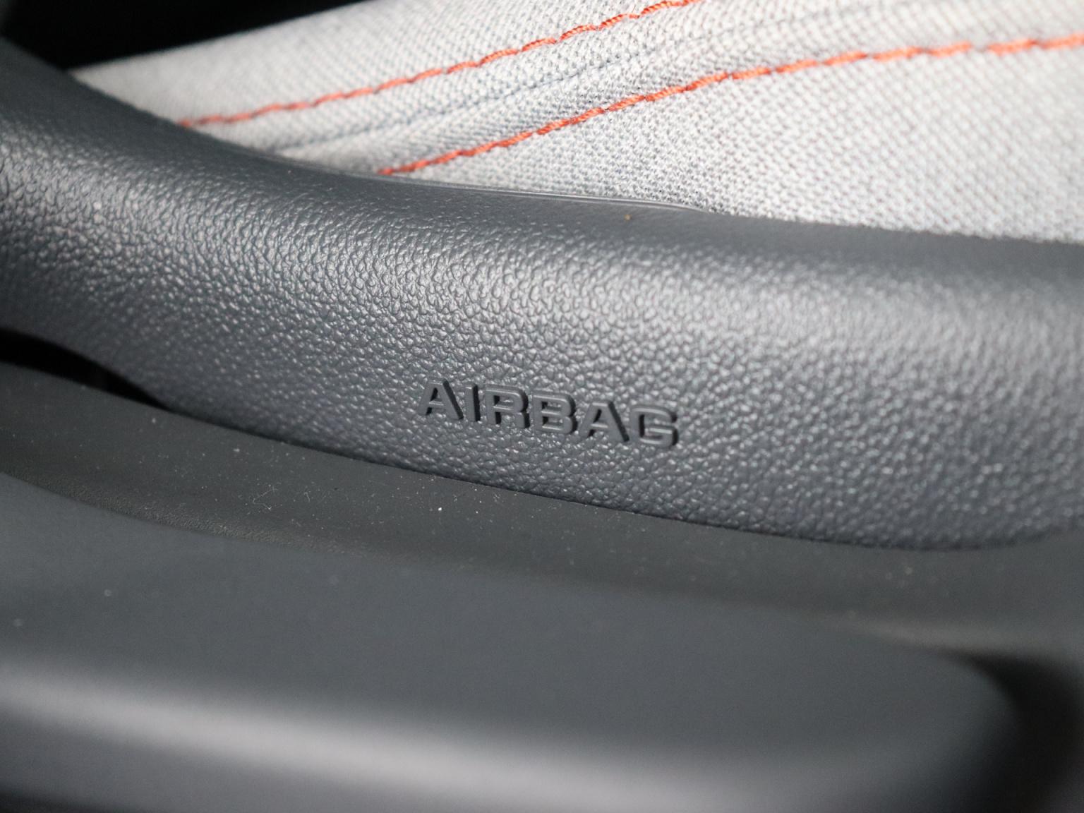 Opel-Ampera-E-44