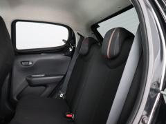 Peugeot-108-25