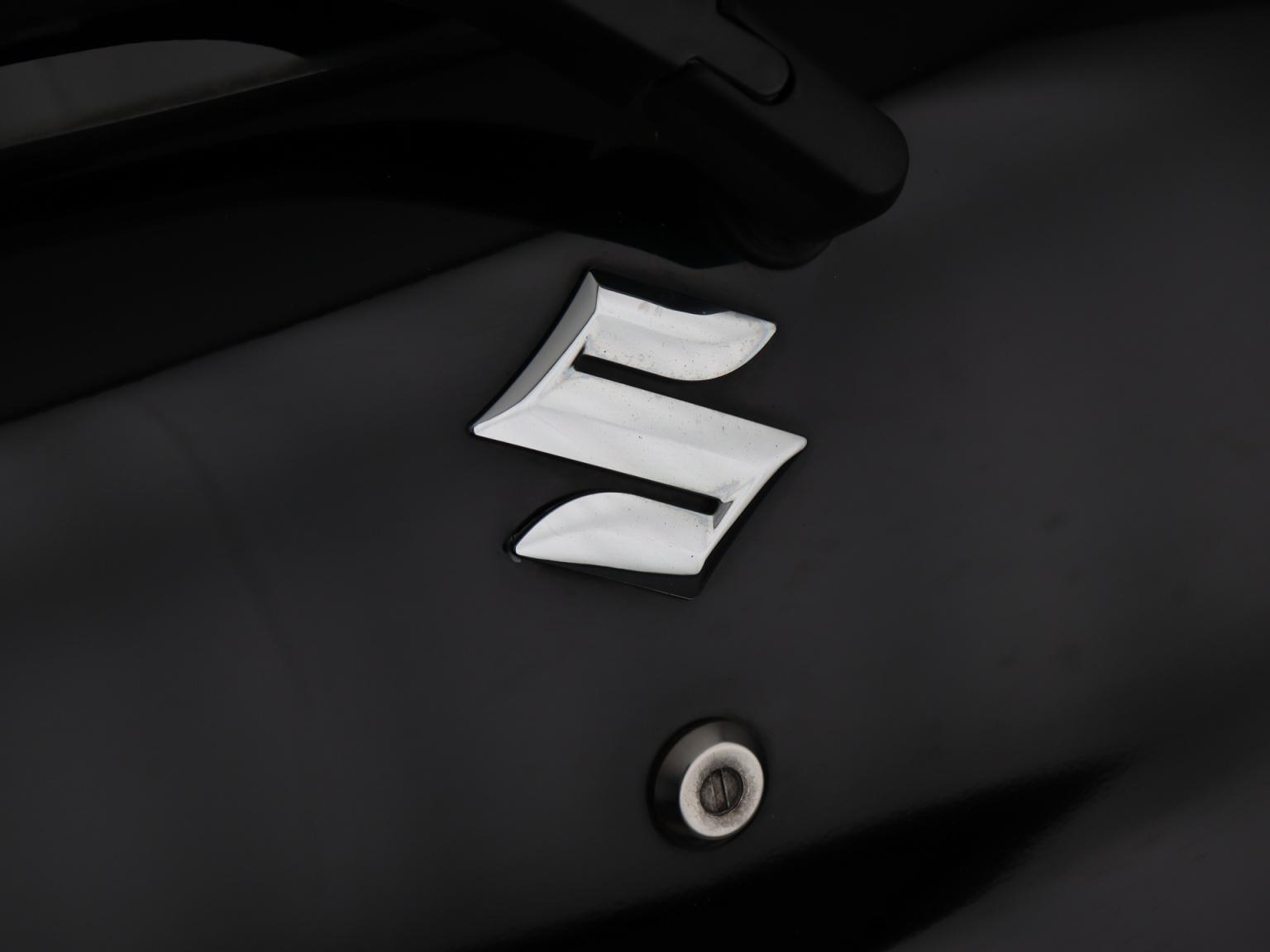 Suzuki-Alto-24