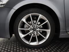 Lexus-CT-3