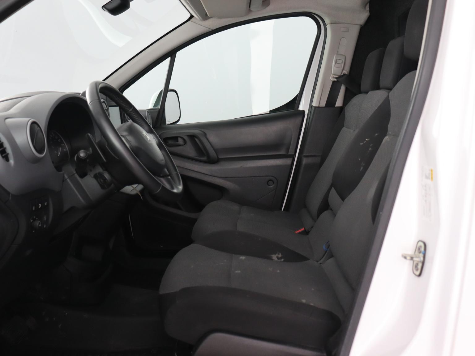Peugeot-Partner-7