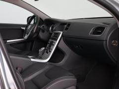 Volvo-S60-45