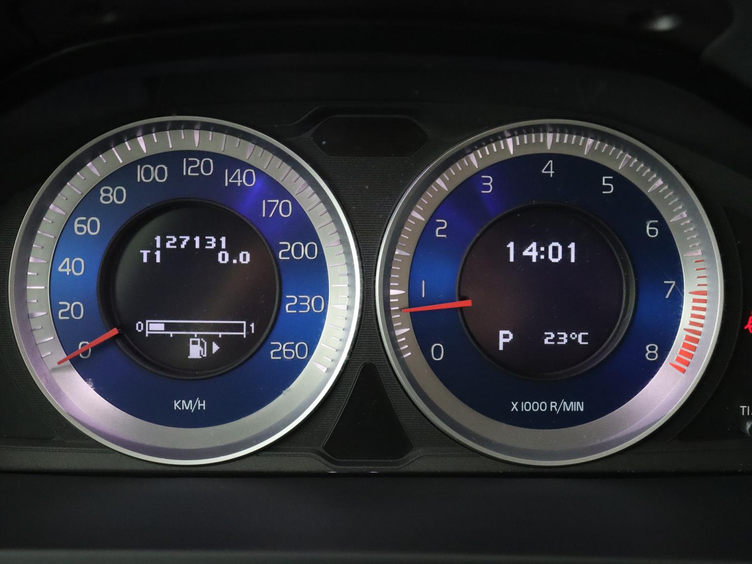 Volvo-S60-6
