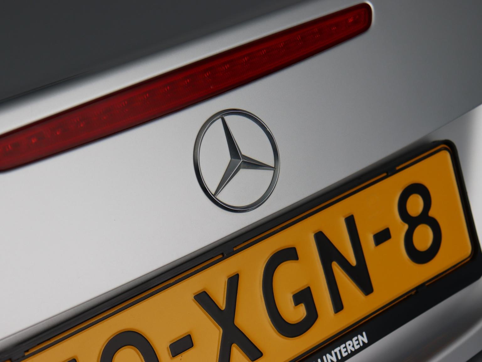 Mercedes-Benz-SLK-26