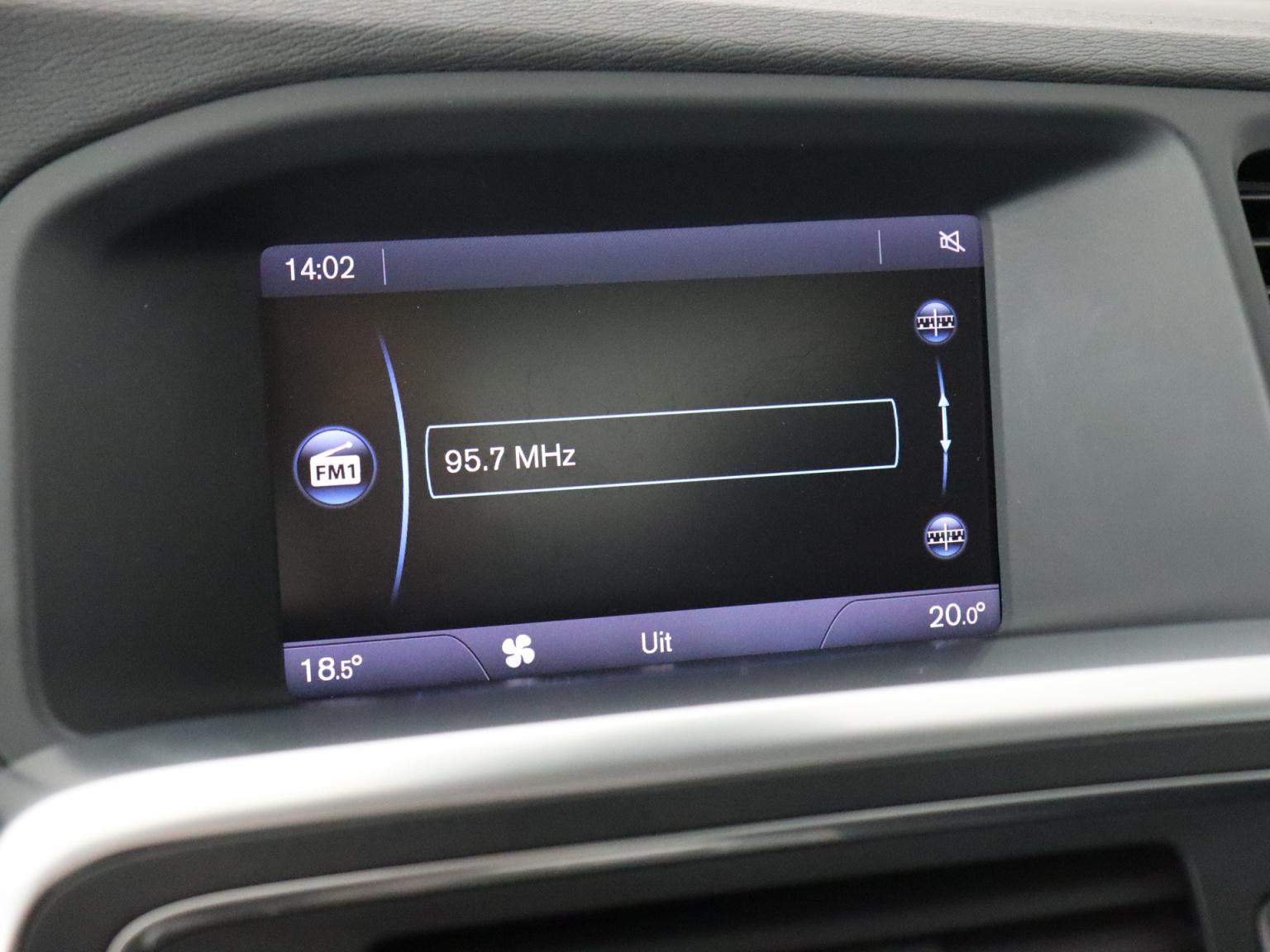 Volvo-S60-17