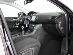 Peugeot-308-43