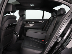 BMW-7 Serie-35