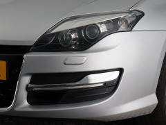 Renault-Laguna-4