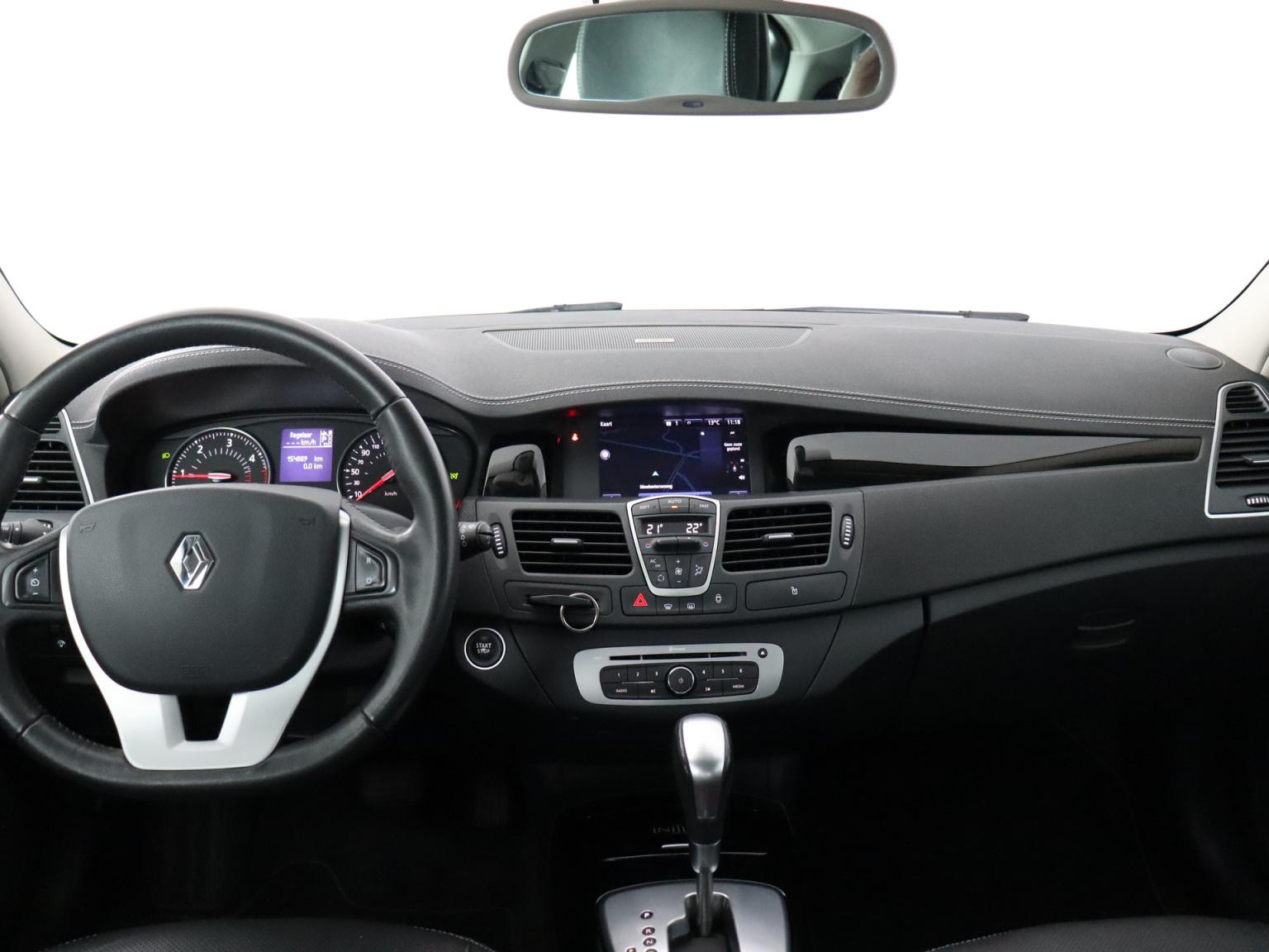Renault-Laguna-5