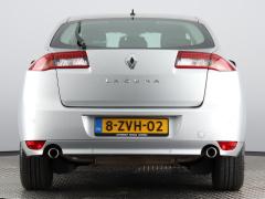 Renault-Laguna-62
