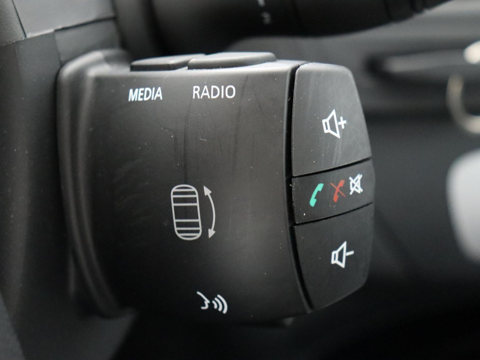 Renault-Laguna-18