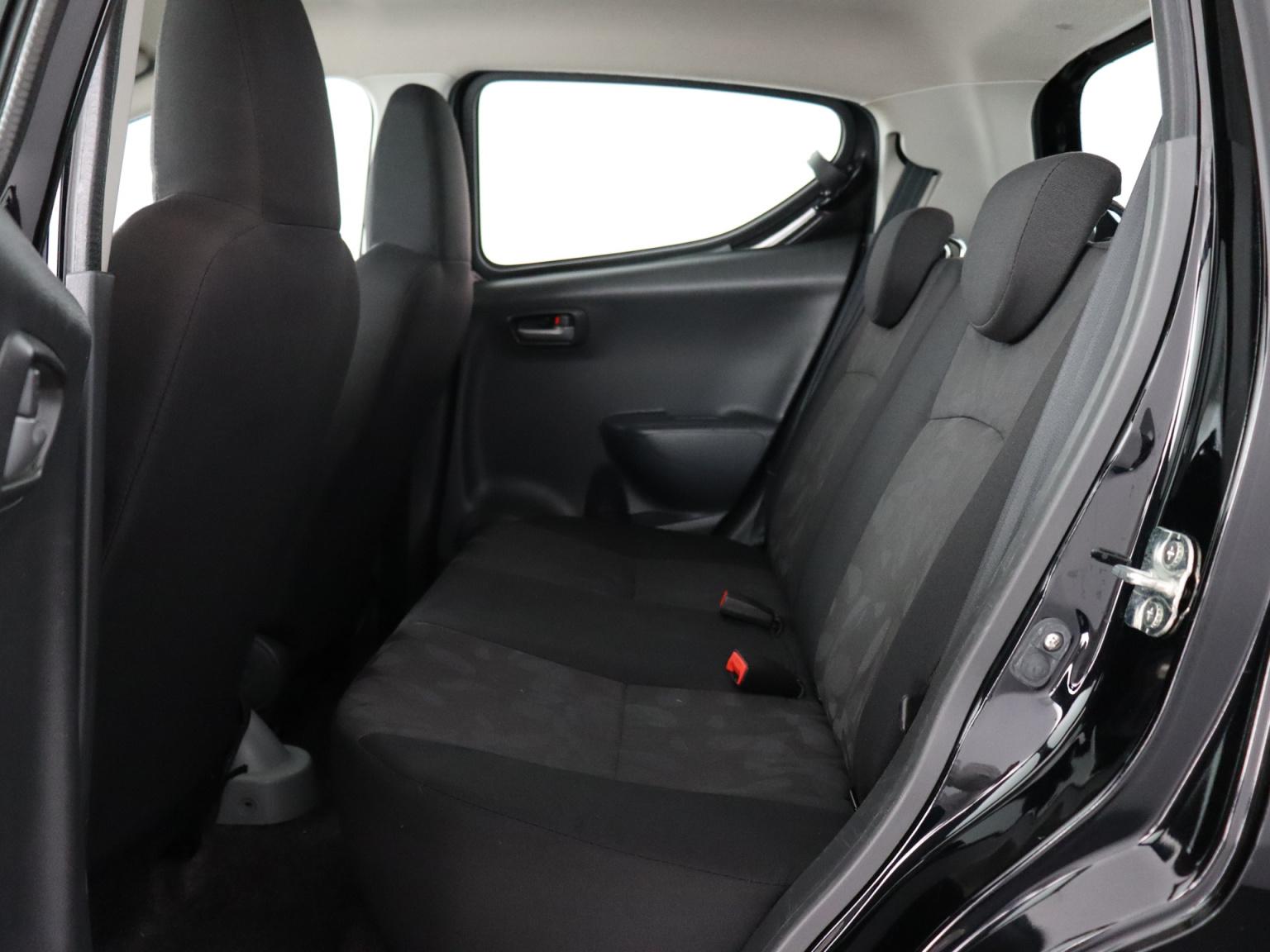 Suzuki-Alto-18
