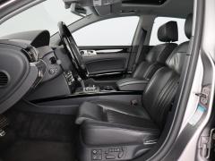 Volkswagen-Phaeton-7