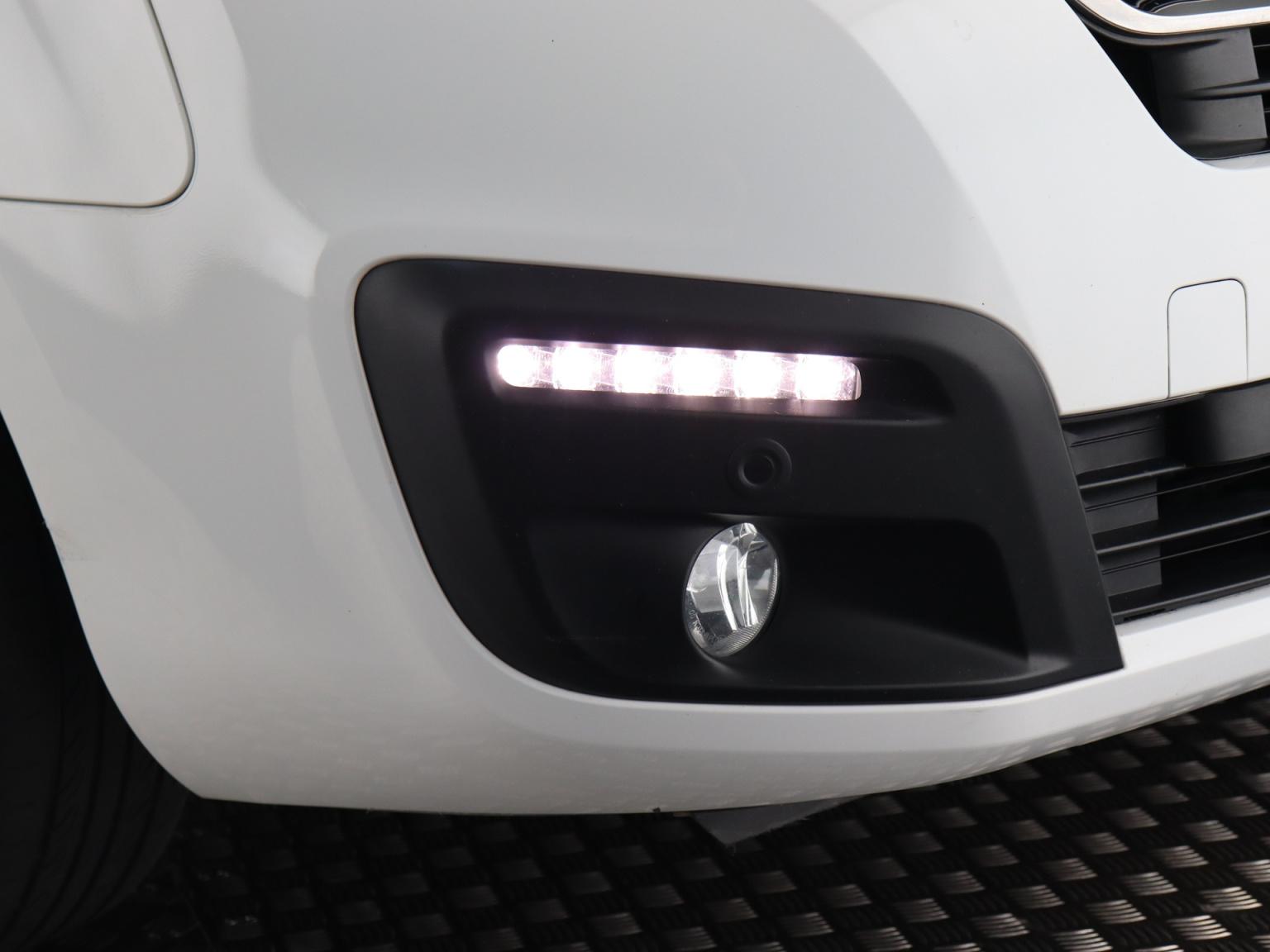 Peugeot-Partner-28